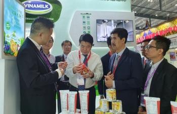 Bước tiến mới trong việc đưa sản phẩm sữa Việt Nam gia nhập thị trường Trung Quốc