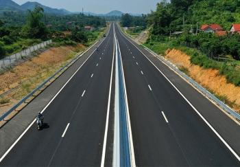 Cao tốc Bắc Nam sơ tuyển nhà đầu tư trong nước vào tháng 10