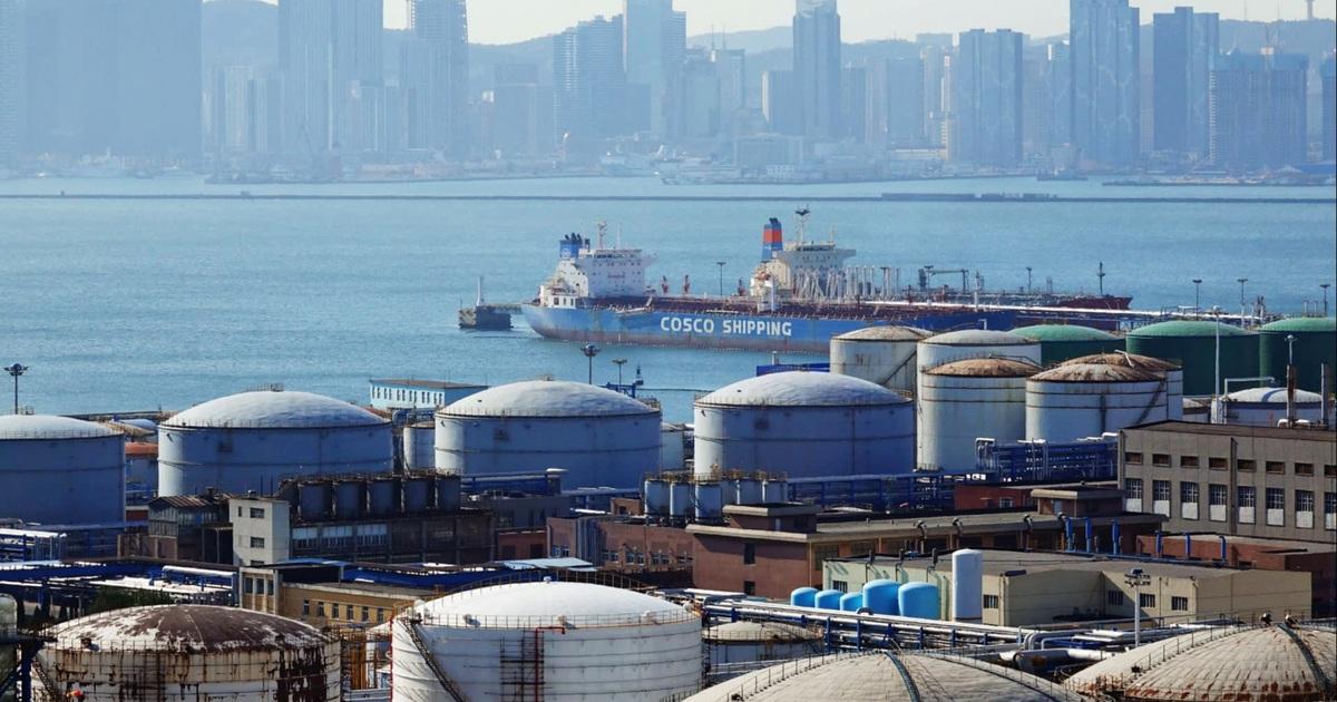 Trung Quốc gom hàng hóa chiến lược giữa thương chiến, đại dịch