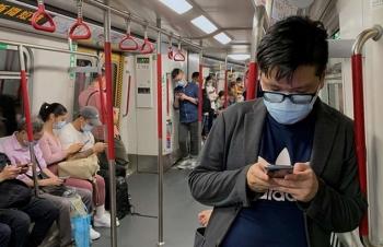 Hong Kong nới hạn chế Covid-19