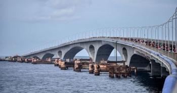 """Quốc đảo thiên đường du lịch lo bị sa lầy trong """"bẫy nợ"""" của Trung Quốc"""