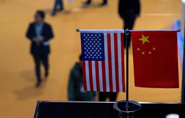 Đầu tư song phương Mỹ - Trung chạm đáy  - 1