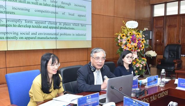 PGS.TS Trần Đình Thiên: Việt Nam đã bỏ qua nhiều cơ hội vàng quá dễ dàng - 1