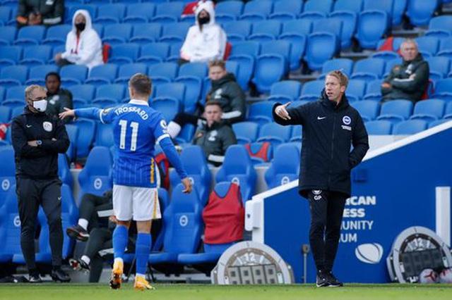 Brighton 2-3 Man Utd: Chiến thắng kịch tính - 14