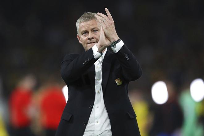 HLV Solskjaer nói gì khi Man Utd thua muối mặt trước Young Boys? - 3