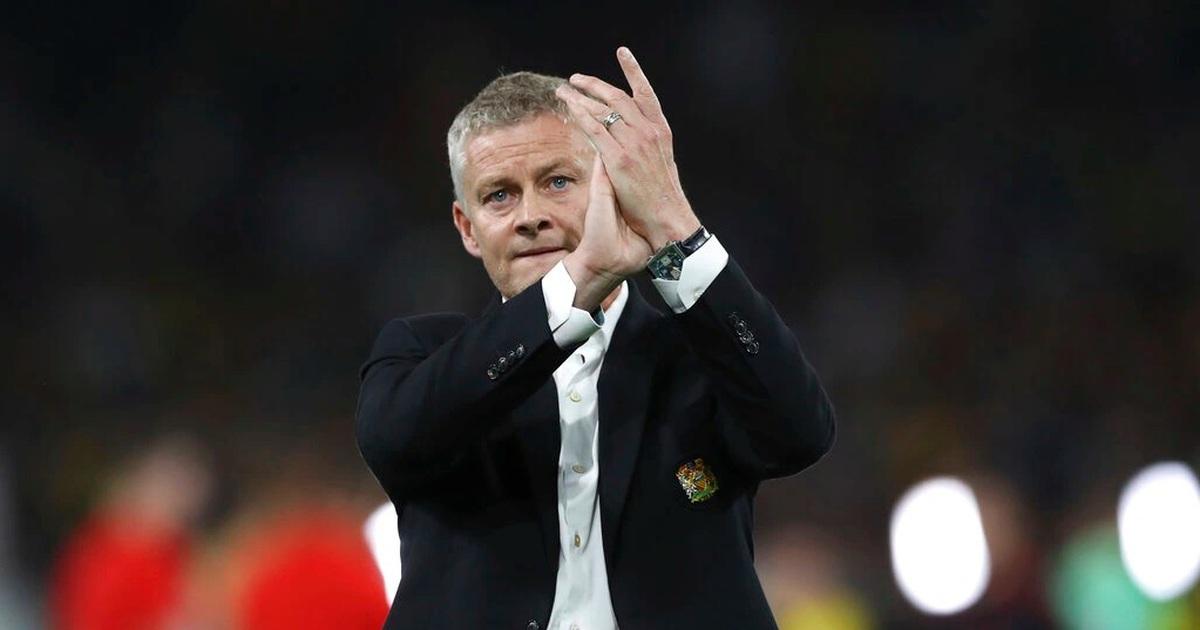 HLV Solskjaer nói gì khi Man Utd thua muối mặt trước Young Boys?