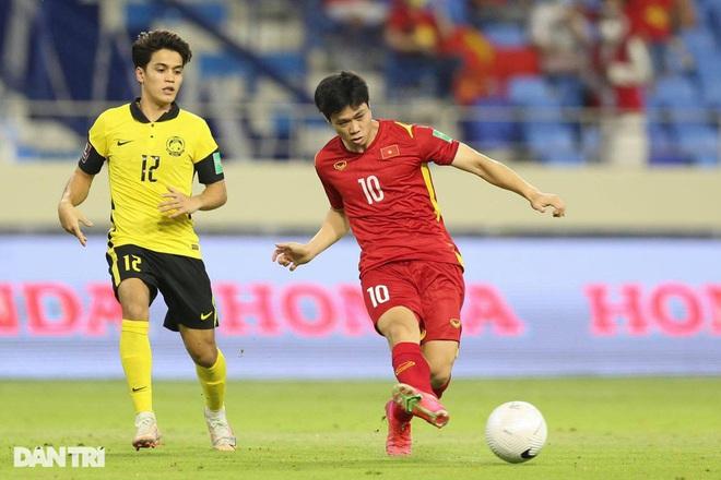 Báo Trung Quốc bình luận về việc Văn Lâm vắng mặt ở vòng loại World Cup - 2