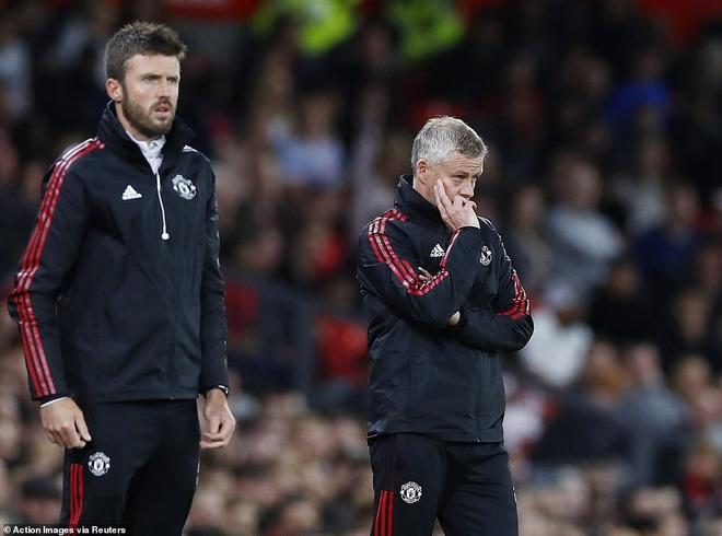 Vắng Ronaldo, Man Utd thua đau đớn trước West Ham - 2
