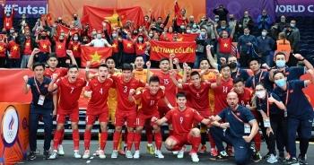 Futsal Việt Nam thi đấu kiên cường: Cố gắng hết sức, tại sao phải cúi đầu?