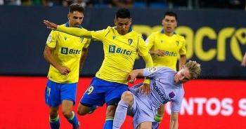 HLV Koeman và De Jong nhận thẻ đỏ, Barcelona tiếp tục gây thất vọng