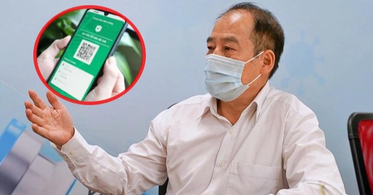 """Vì sao chuyên gia khuyến cáo Hà Nội không nóng vội cấp """"thẻ xanh Covid""""?"""