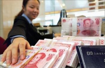 """Trung Quốc tăng tốc đầu tư trước mối lo """"bom nợ"""" Evergrande"""
