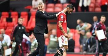 Cổ động viên đồng loạt yêu cầu Man Utd sa thải HLV Solskjaer