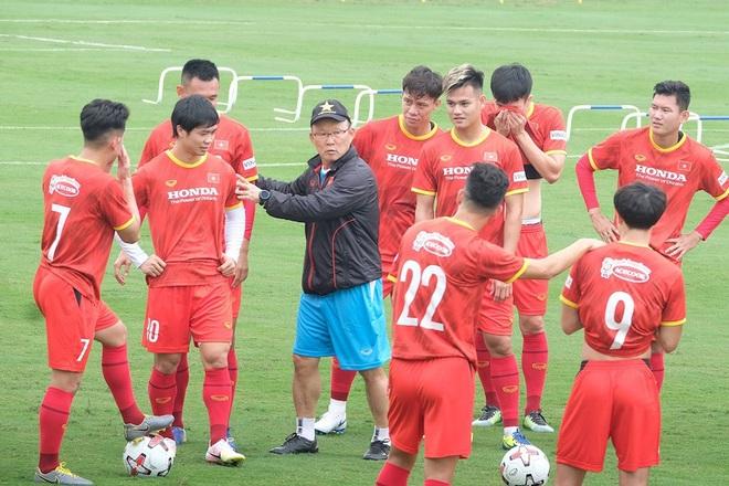 Công Phượng, Tiến Linh lại khiến đội tuyển Trung Quốc lo lắng - 1