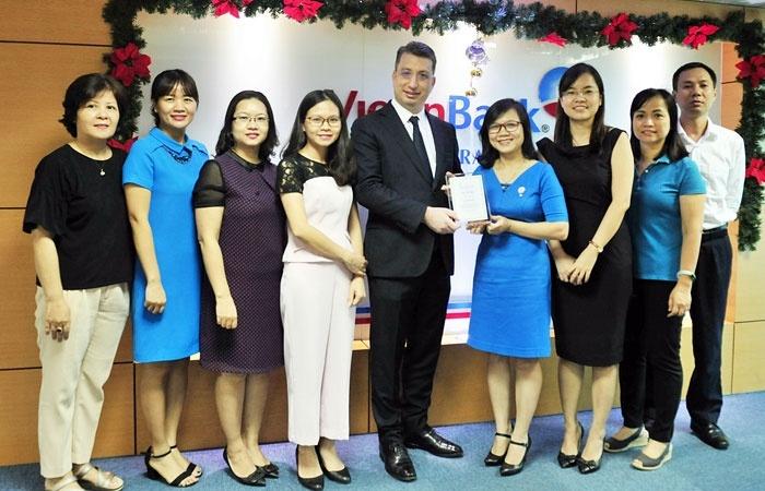 vietinbank nhan giai thuong stp thu 5 trong nam 2017