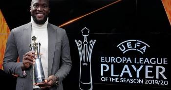 Vượt qua Bruno Fernandes, Lukaku nhận giải xuất sắc nhất Europa League