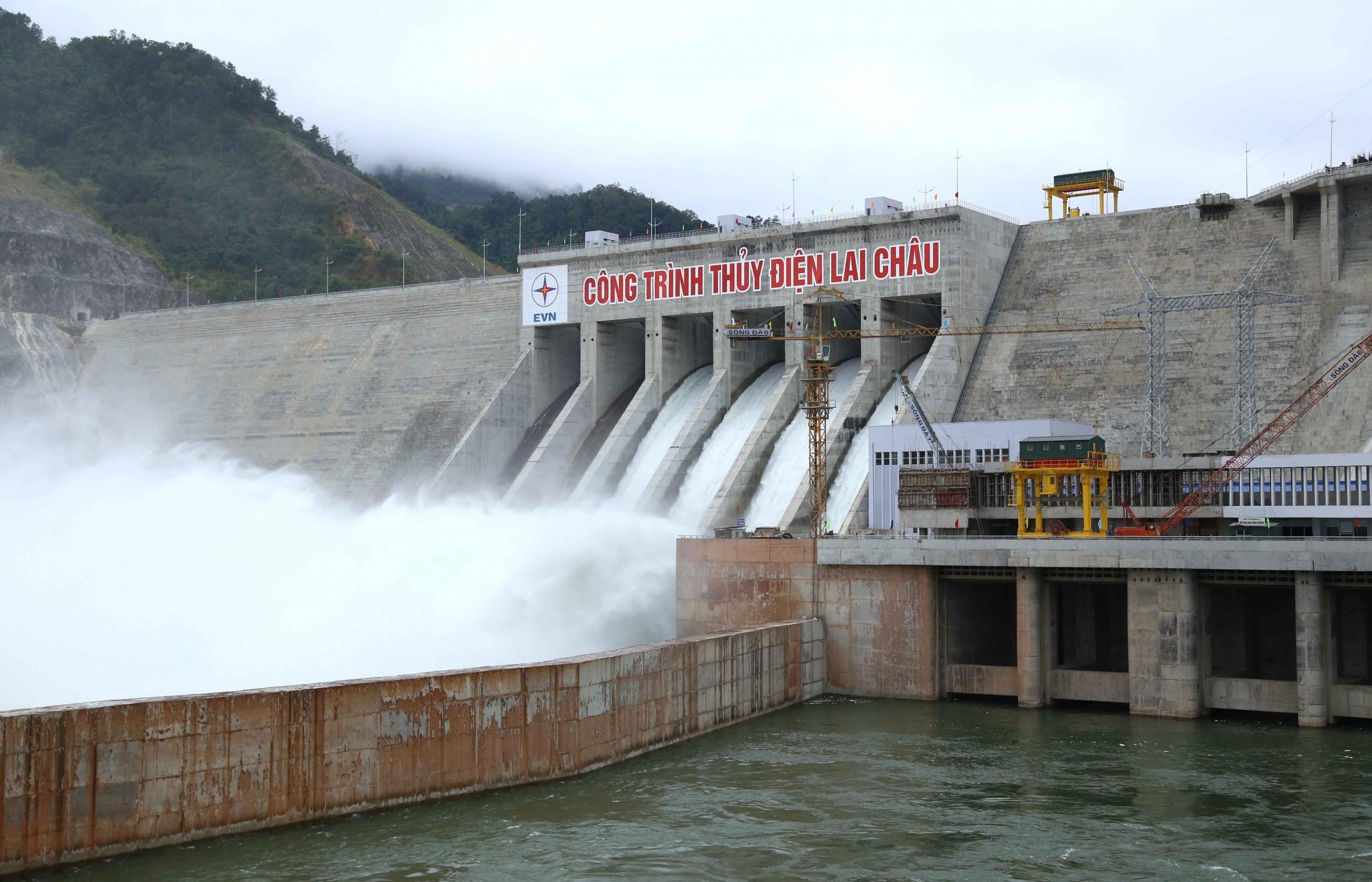 Công ty Thuỷ điện Sơn La cán mốc sản lượng 100 tỷ kWh