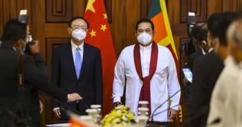 """Trung Quốc viện trợ 90 triệu USD cho Sri Lanka giữa nghi vấn """"bẫy nợ"""""""