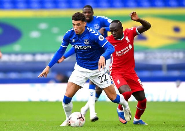 Everton 2-2 Liverpool: Màn rượt đuổi quyết liệt - 10