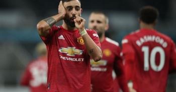 Newcastle 1-4 Man Utd: Bùng nổ 10 phút cuối trận