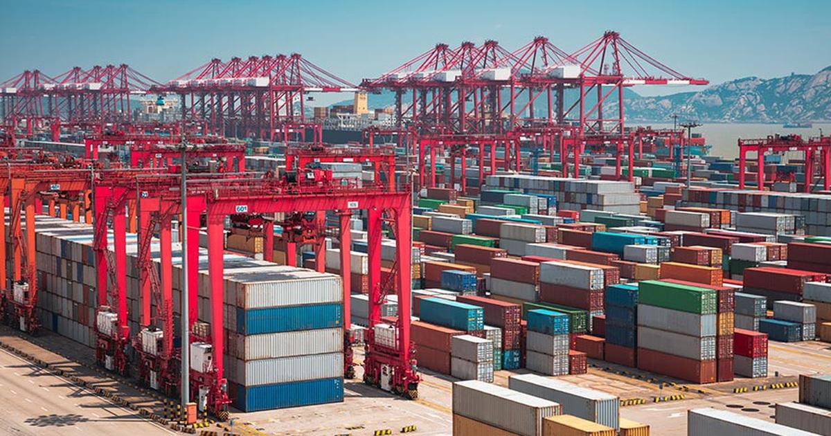 Trung Quốc thông qua luật hạn chế xuất khẩu đáp trả Mỹ