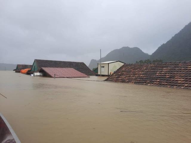 Các tỉnh Hà Tĩnh đến Quảng Trị tiếp tục mưa to - 1