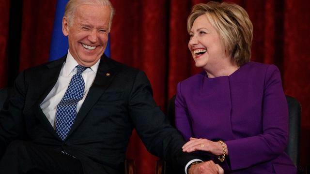 """Vì sao nhiều cử tri từng """"quay lưng"""" với bà Clinton quay sang ủng hộ Biden? - 1"""