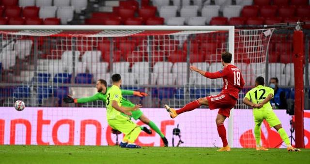 "Bayern Munich thắng ""4 sao"" trước Atletico Madrid - 2"