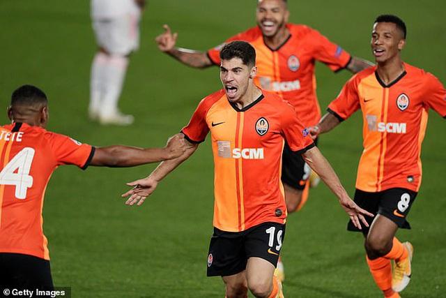 Real Madrid thua sốc Shakhtar Donetsk tại Bernabeu - 3