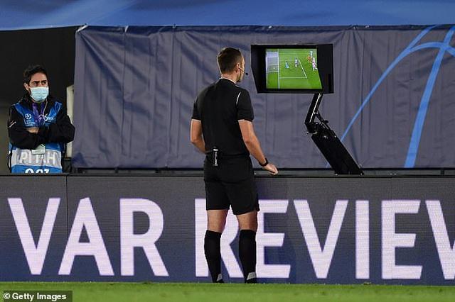 Real Madrid thua sốc Shakhtar Donetsk tại Bernabeu - 9