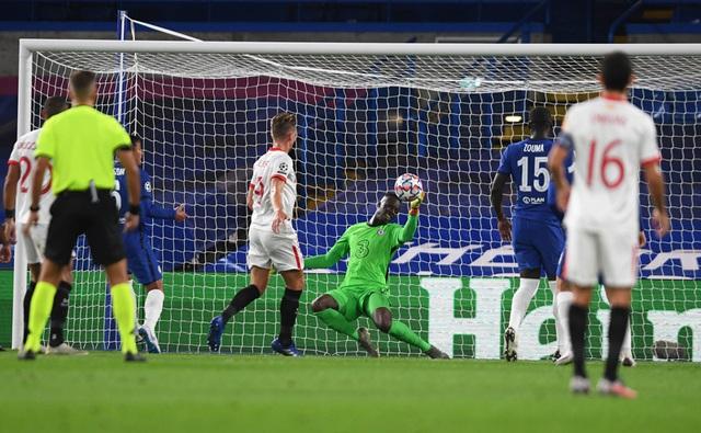 """Đại chiến Man Utd - Chelsea: Cẩn thận vì những """"liều thuốc mê""""! - 2"""