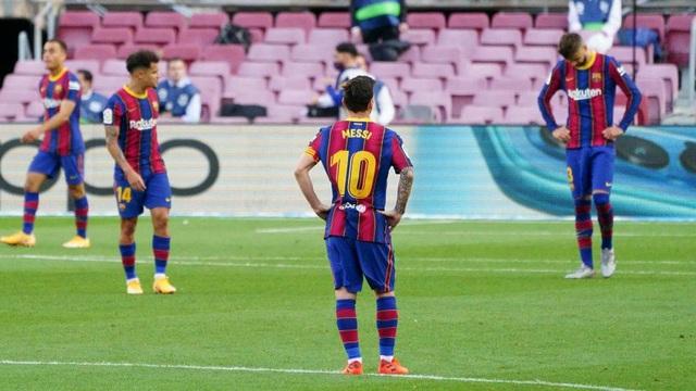 "Barcelona ""loạn"" sau khi thua Real Madrid, Chủ tịch Bartomeu sẽ từ chức? - 2"
