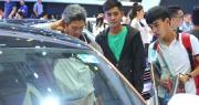 Cao điểm cuối năm, ô tô giảm giá hàng loạt, có nên mua xe lúc này?
