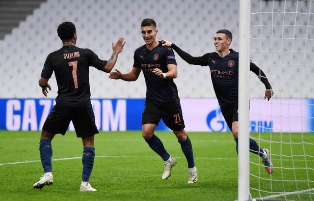 """Man City dễ dàng thắng """"3 sao"""" trên sân Marseille - 1"""