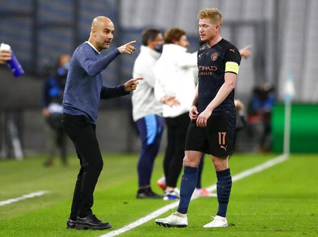 """Man City dễ dàng thắng """"3 sao"""" trên sân Marseille - 4"""