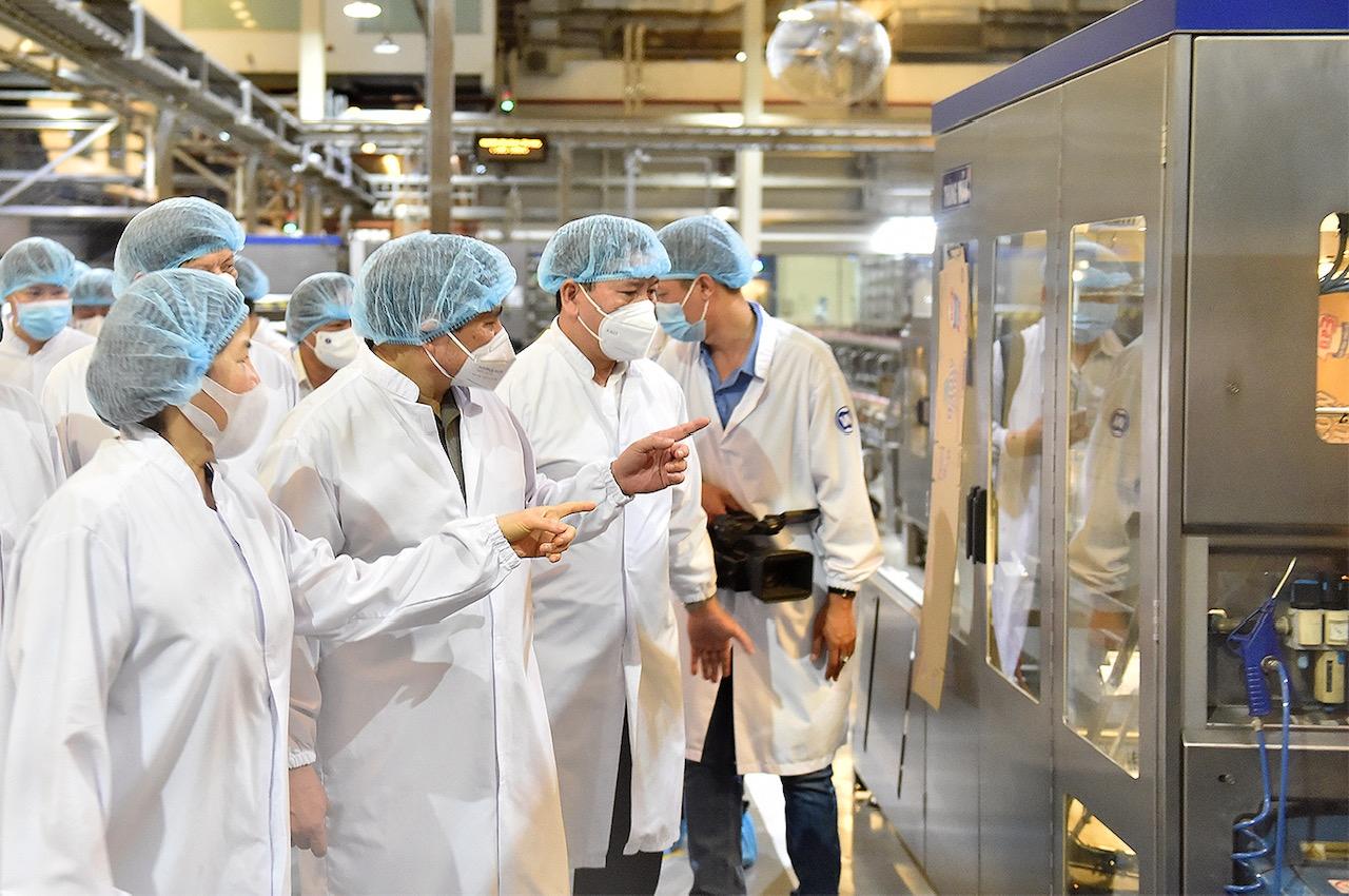 """Thủ tướng: Khí chất và truyền thống """"Tâm - Tài - Trí - Tín"""" của doanh nhân Việt Nam luôn tỏa sáng"""