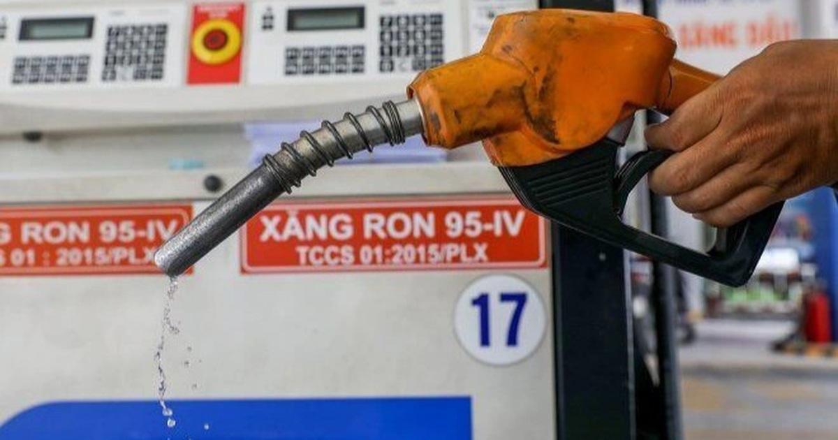 """Giá xăng dầu tăng """"sốc"""", có lo lạm phát?"""