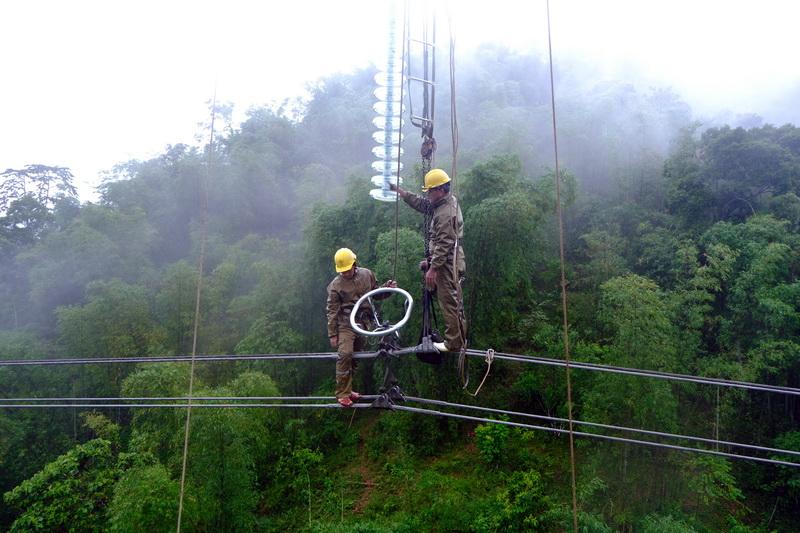 Lưới điện truyền tải khu vực phía Bắc sẵn sàng trước bão số 8