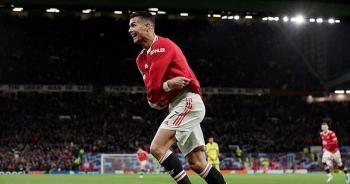 """Sự """"lười biếng"""" của C.Ronaldo có khiến Man Utd sụp đổ?"""