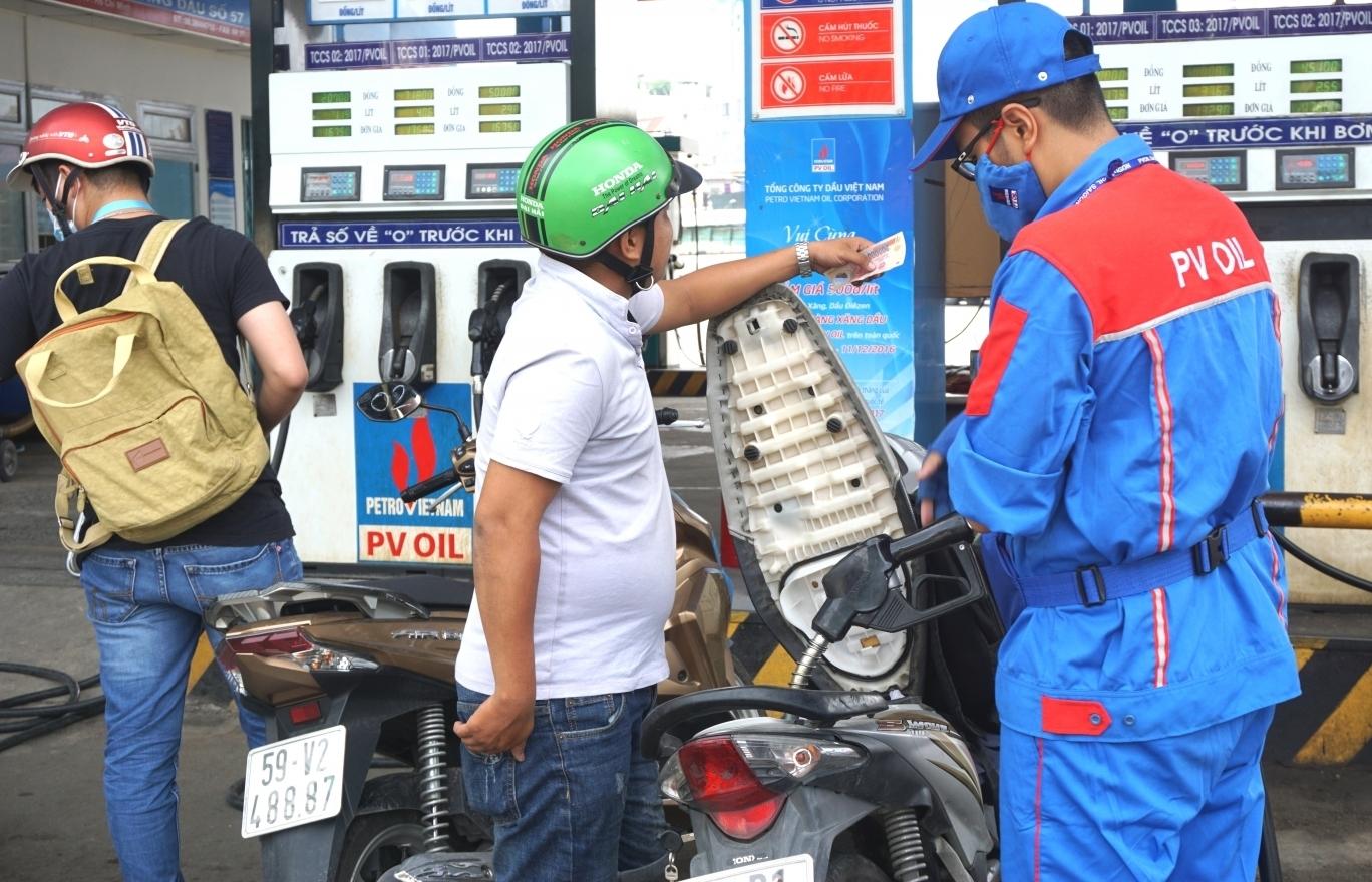 Giá xăng hôm nay (21/11) có thể giảm sốc!