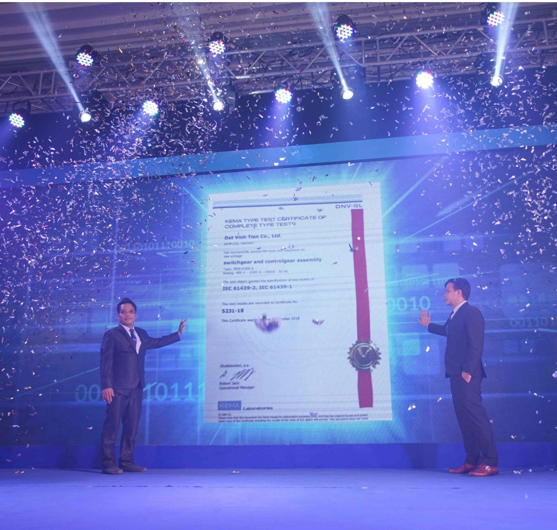dat vinh tien cong bo giay chung nhan kema type test cho tu dien ha the 6300 a 100 ka form 4b va ip43