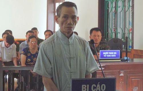 Y án 12 năm tù với bảo vệ 72 tuổi dâm ô trong trường học