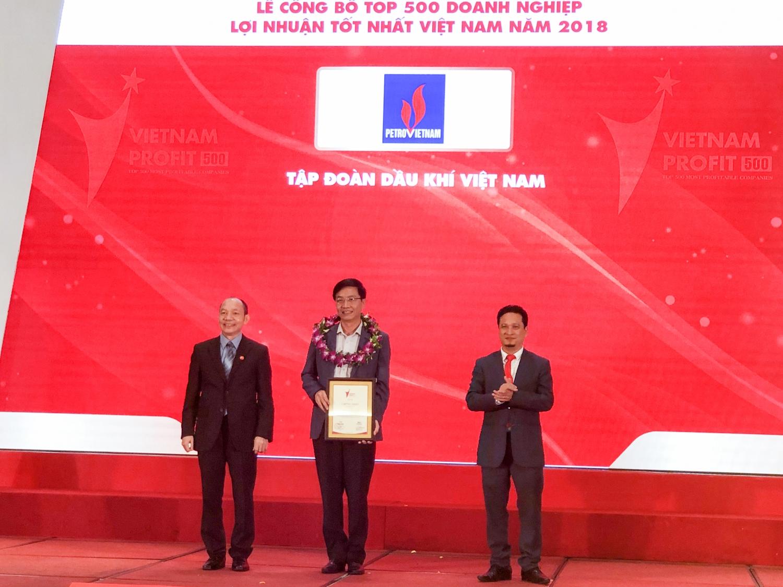 vietnam report vinh danh pvn dung dau top 500 donanh nghiep co loi nhuan tot nhat viet nam nam 2018