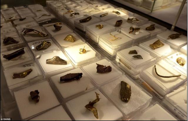 Phát hiện một trong những kho báu vàng lớn nhất từng được tìm thấy trị giá gần 100.000 tỷ đồng