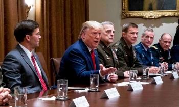 """Quân đội Mỹ cố bắt nhịp """"vũ điệu Syria"""" của Trump"""