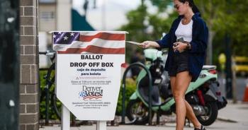 Mỹ: Báo động hàng triệu phiếu ở bang chiến địa có thể không được tính