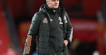 HLV Solskjaer đổ lỗi cho khán giả sau trận thua Arsenal