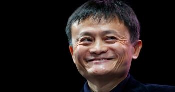 """Jack Ma khuyên """"20 tuổi đi làm thuê, 30 tuổi theo đuổi đam mê và 40 tập trung chuyên môn"""""""