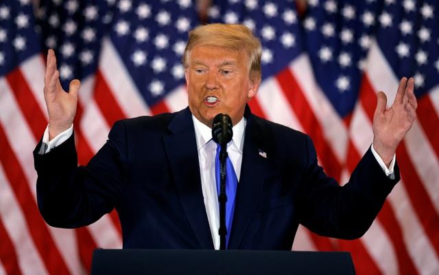 """Ông Trump trút giận trên Twitter trong những ngày """"căng như dây đàn"""" - 1"""