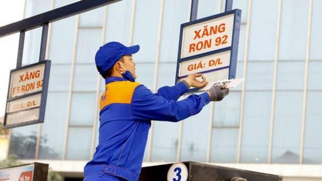Bộ Tài chính đề xuất 10 ngày điều chỉnh giá xăng dầu, kiểm chặt đầu mối - 1